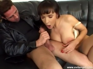 Naughty hot ass sweethearts gets screwed in nasty ffm threesome