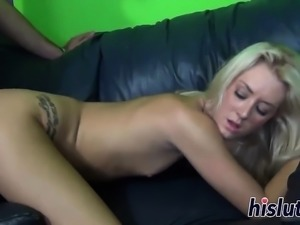 Skinny Roxxi has her tight cunt pummeled