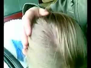 Kinky whore with dirty hair was blowing my lewd friend right in his car