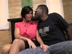 Insatiable white MILF takes massive black dick in her soaking snatch