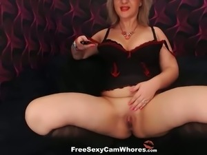 Devilishly enticing fat mature woman is masturbating for me on cam