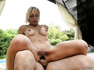 Milf has ass way sex session of her lifetime