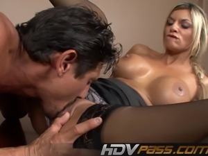 Blonde Milf Babe Klarisa Leone in a Stocking Fuck a Big Dick
