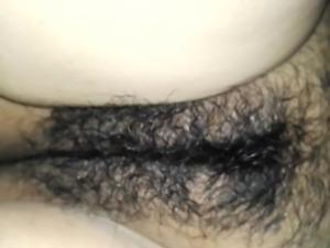 Mi mujer masturbando su conchita 4