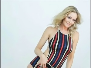Marcela Vacarezza Jerk Off Challenge