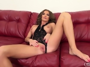 Silvia flaunts her magnificent body and toys her shaved slit to climax