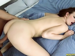 Brunette Renato having oral fun with hard dicked guy