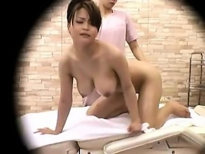 Stacked Oriental beauty is made to reach her climax on the