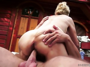 Blonde shows off her erect clit as she gets rammed