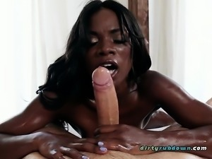 Ebony Chick Ana Foxxx Pleasures Her Hung Client
