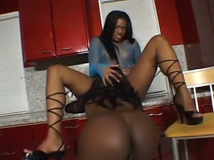 Spoiled ebony slut Jada Fire toys asshole of her luscious ebony kooky at kitchen