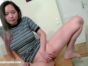 Harriet likes sucking and riding her bodyfriend's dick