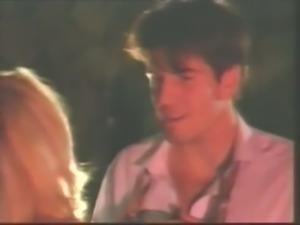 Mesmerizing blonde babe and her hot brunette bestfriend