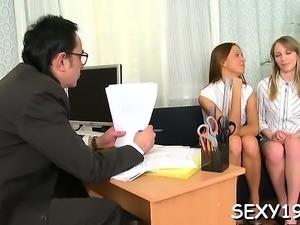Chick suggests her wild pussy for teacher's enjoyment