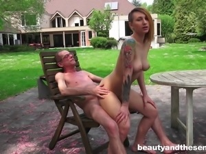 Tattooed diva riding old man dick hardcore outdoor