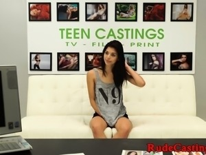 Gorgeous amateur roughly banged at casting