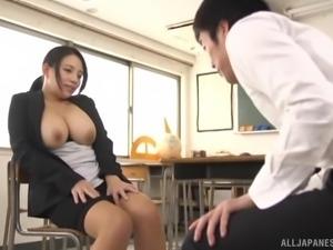 Busty babe Oda Mako wants to feel a massive love rod