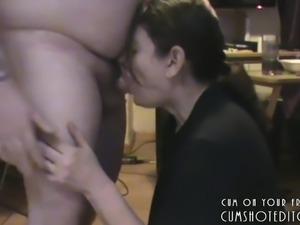 Amateur MILF Pleasing Husband's Cock