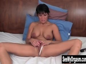 Pierced Kassandra Vibrating Her Clit