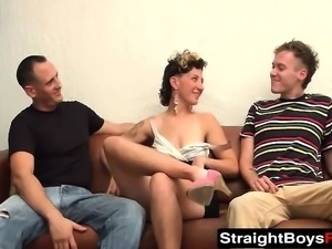He likes watching his best friends cock plowing a chick