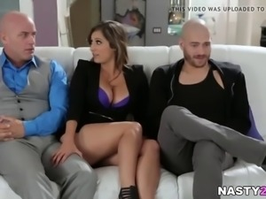 Reena Sky Cheating on Her Husband