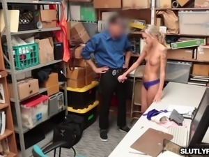 Fucking that shoplifter pussy doggystyle