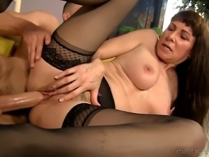 Alexandra Silk is a horny mature woman who wants to shag