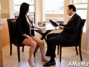 Beautiful older gives cunt for licking and hardcore nailing