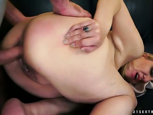 Blonde gets down and dirty in
