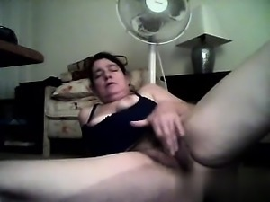 Banging the granny hairy pussy