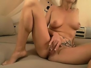 supple blonde with big perky boobs