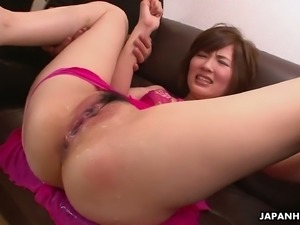 This hoe needs a good pussy toying session to the ultimate satisfaction