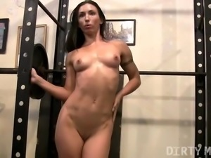 Wenona Hard Nipples and Gym Masturbation