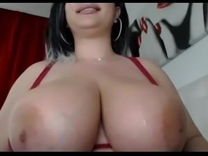 Amazing big natural tits babe free titjob tease live webcam
