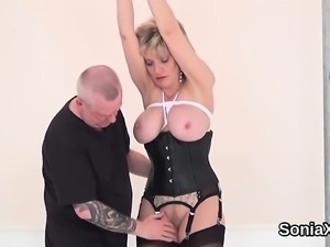 Unfaithful british mature lady sonia presents her big melons