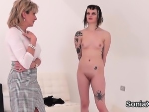 Unfaithful uk mature lady sonia showcases her enormous knock