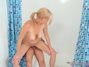Family squirt and daddy compeer's daughter bathroom xxx Step