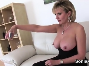 Cheating british mature lady sonia shows her large tits
