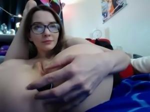 Flexible Teen Masturbates