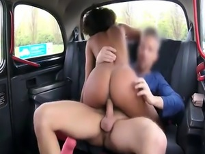 Lovely ghetto drilled by pervert driver in the backseat