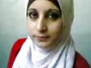 arab hijab girl tits exposed
