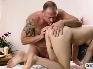 Masseuse Ts Stefani gives dudes cock a sloppy blowjob
