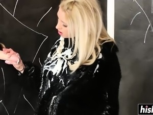 Blonde Karol Lilien masturbated her tight vagina