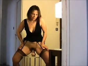 Mature british babe in stockings in randy threeway