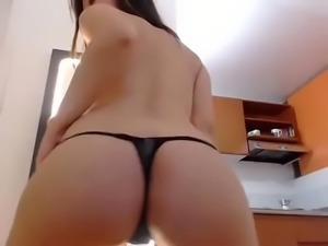 Hot Latin chick strip show with greatest body - camtocambabe.com