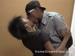 Black hottie with a cool hairstyle gets kissed and shagged