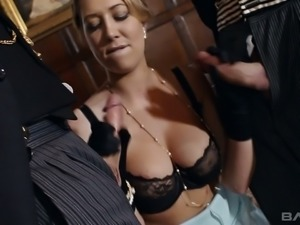Lexi Lowe exudes sex and she knows how to have the wild sex she craves