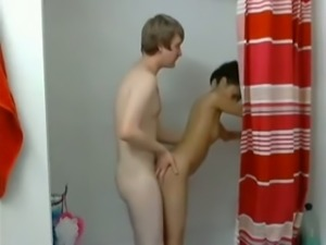 I fuck my cute Asian girlfriend in the shower