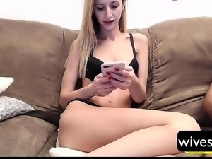 Wife tries new perverted stuff on cam