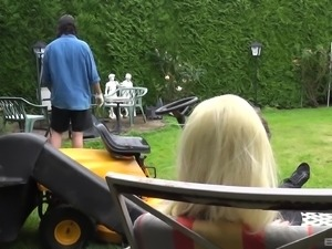 Mandy Slim seduces a gardner for a cock riding sensation